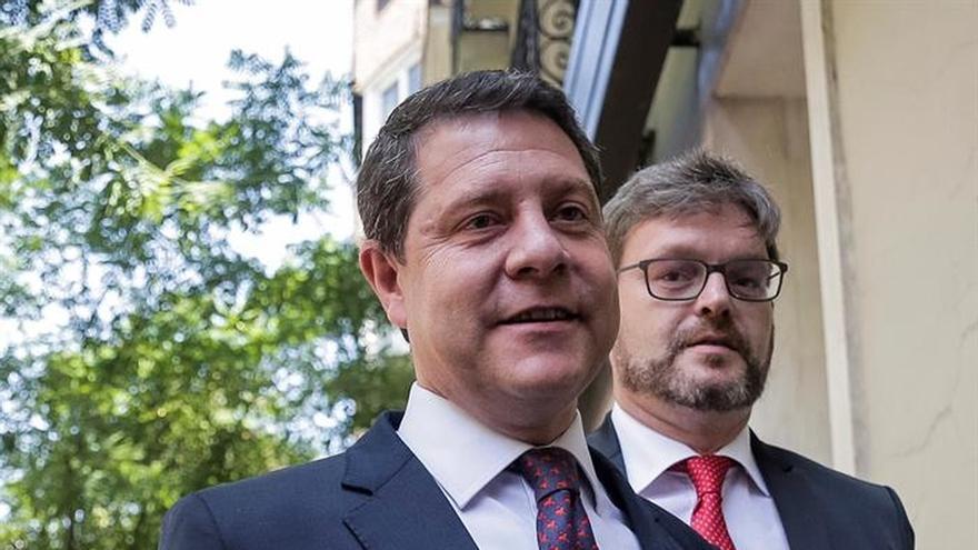 Page reclama arrancar entre todos la legislatura, con Rajoy al volante