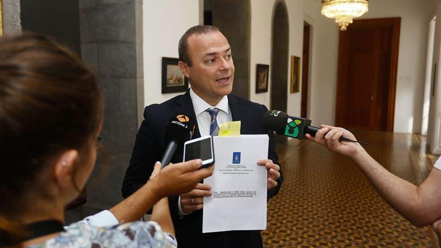 El alcalde de Las Palmas de Gran Canaria, Augusto Hidalgo comparece ante los medios