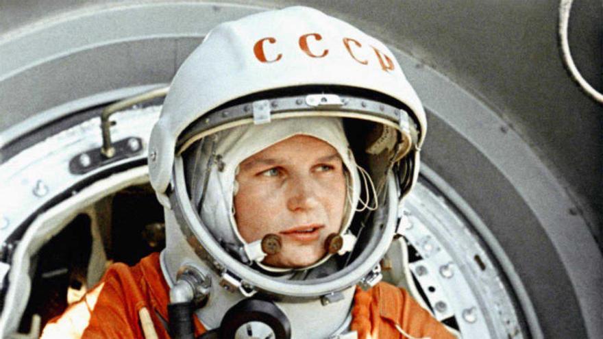 La cosmonauta rusa Valentina Tereshkova, imagen de la introducción del libro