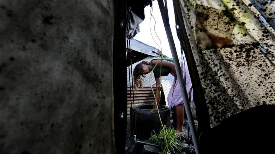 Los escombros del Haiyan, fuente de esperanza para cientos de filipinos