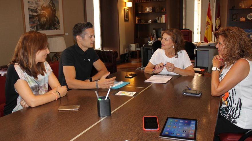 Pablo Pérez presenta su app a la Consejería de Bienestar Social / JCCM