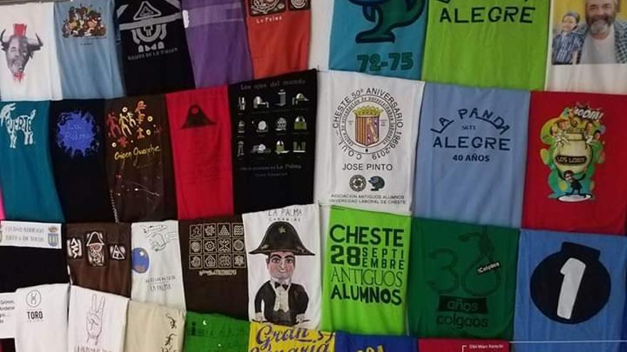 La camiseta del 'Biscuit' se exhibe en la muestra junto a otras alusivas a La Palma.