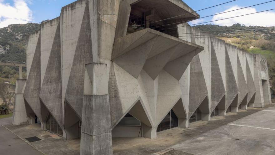 Joaquín Vaquero Palacios, Central hidroeléctrica de Proaza (Asturias), 1964- 1968