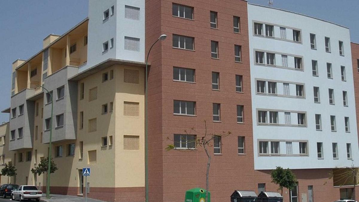 Edificio de vivienda pública en Canarias. (Gobierno de Canarias)