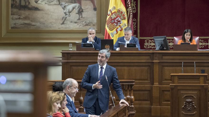 El presidente del Gobierno de Canarias, Fernando Clavijo defendió en la Cámara que los e-sports ayudarán a los jóvenes para el futuro.