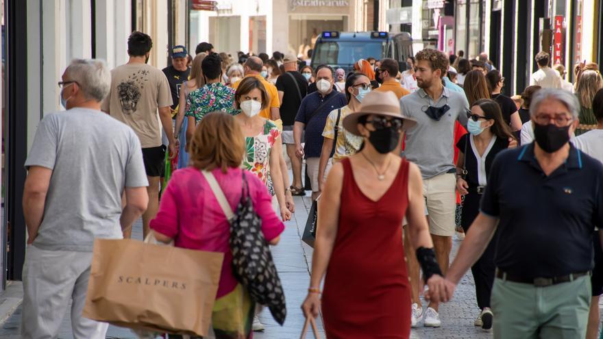 Andalucía sale del riesgo extremo por coronavirus