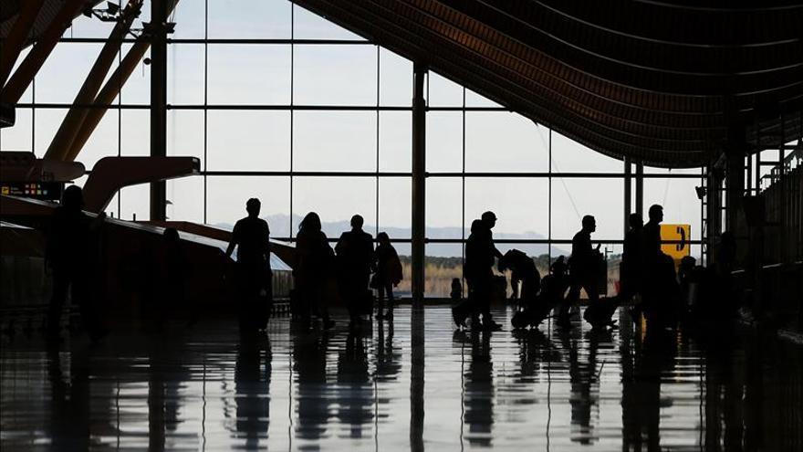 El número de pasajeros de Aena supera los 54 millones hasta abril, el 5,2 por ciento más