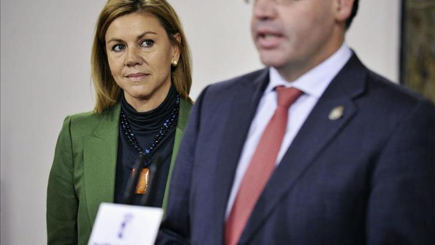 Cospedal afirma que la imputación de Molina es una oportunidad para defenderse de las calumnias