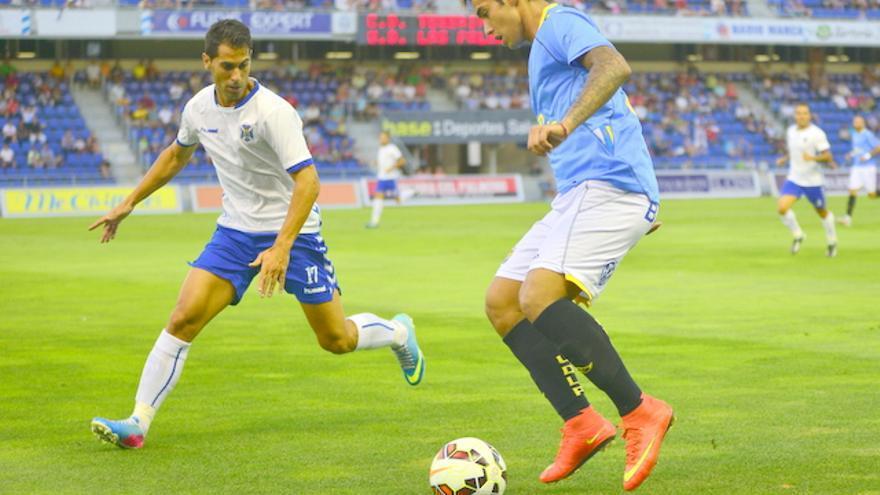 La UD Las Palmas supera al CD Tenerife en el primer derbi de la pretemporada. (MYKEL/ UDLASPALMAS.ES)