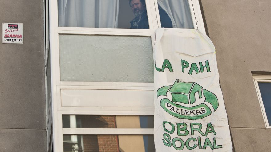 El edificio ocupado por la Obra Social de la PAH en el barrio madrileño de Puente de Vallecas. / Juan Zarza (Diso Press).