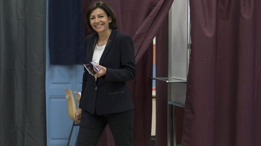 Abren los colegios electorales para la segunda vuelta de las municipales francesas