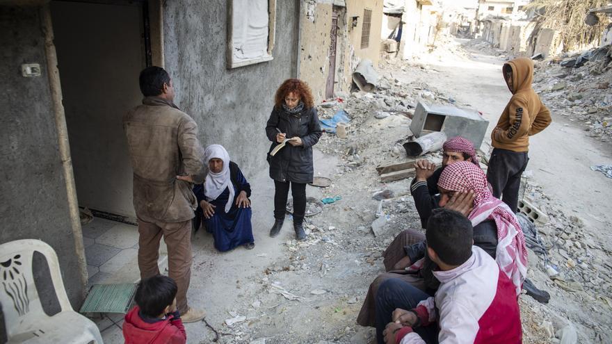 La investigadora de Amnistía Internacional, Donatella Rovera, en Raqqa, Siria © Amnesty International