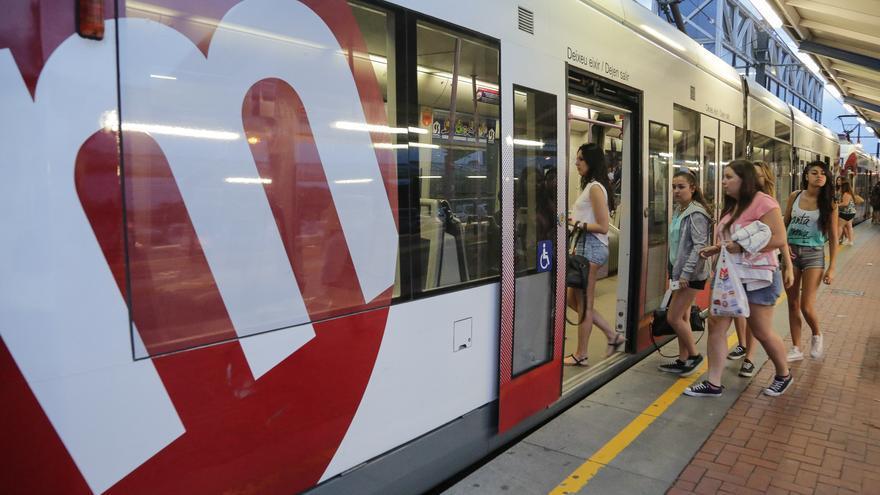 Un convoy de Metrovalencia