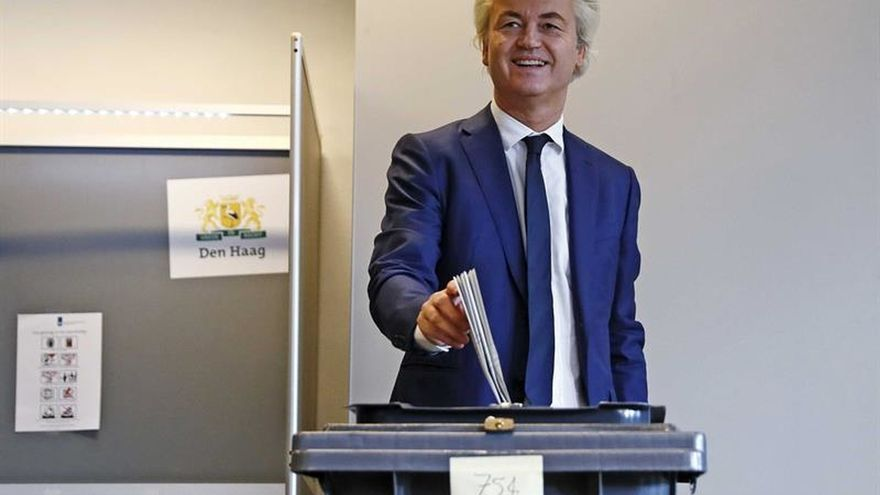 Wilders vota en La Haya y promete un referendo contra la UE si gana