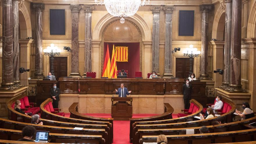 Nuevo choque JxCat-ERC, ahora por el papel del secretario del Parlament