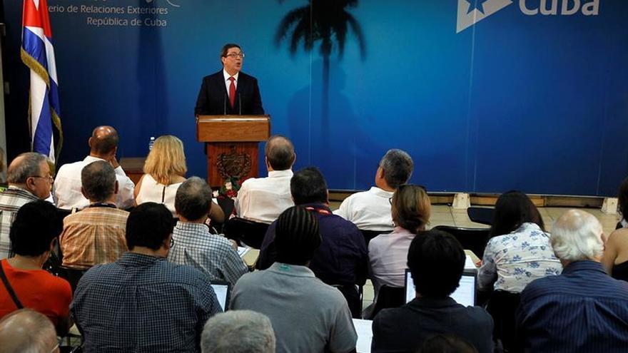 """Cuba lamenta la persistencia del """"bloqueo"""" de EE.UU. a pesar de su nueva relación"""