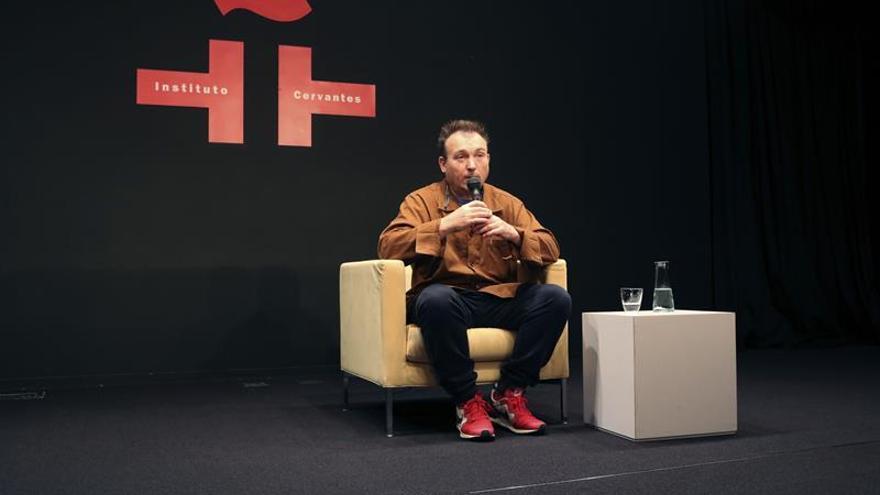 Miquel Barceló rememora en Tokio el Mali al que no ha vuelto
