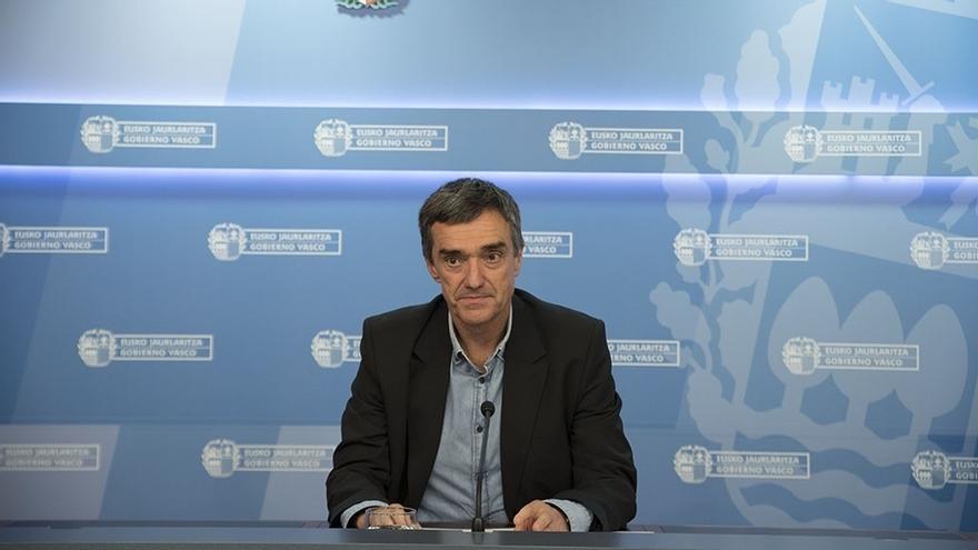 """Gobierno Vasco dice que la decisión del EPPK """"debe traducirse en hechos que afronten la realidad de las vías legales"""""""