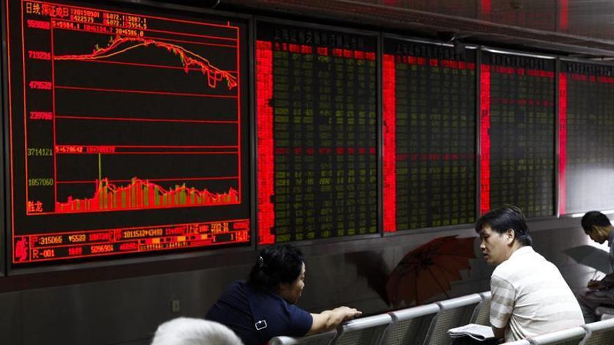 La Bolsa de Shanghái abre en rojo y cae un 0,32 % en primeros minutos