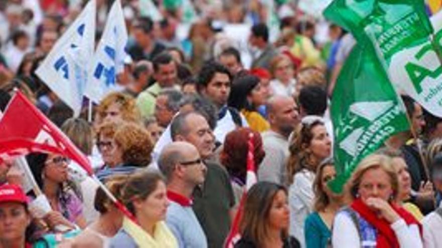 Manifestación de empleados públicos en Las Palmas de Gran Canaria. (ACFI PRESS)
