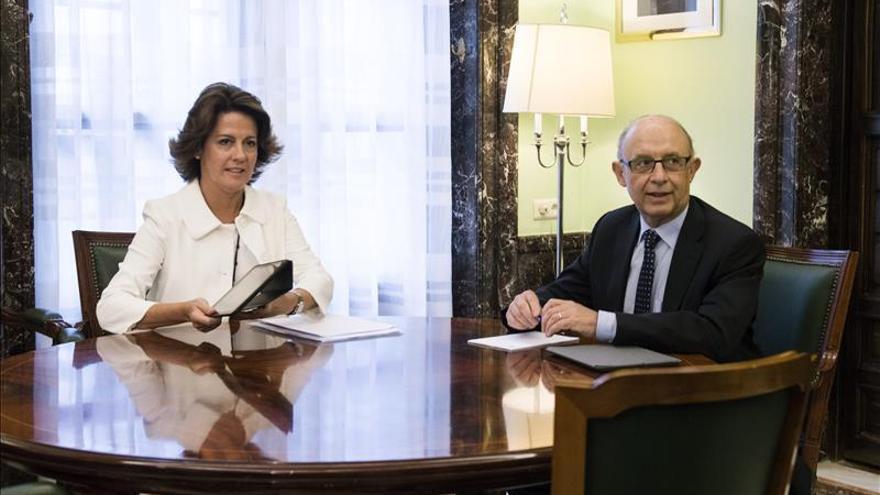 Montoro se reúne esta mañana con la presidenta de Navarra