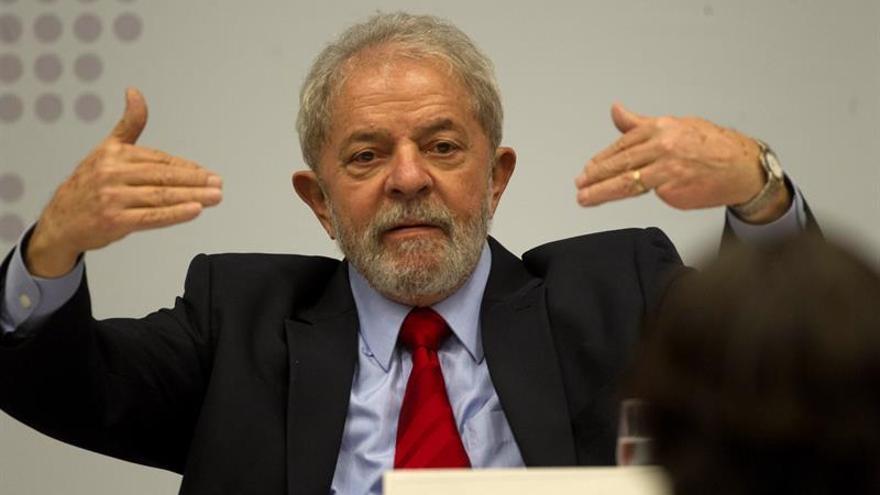 """Lula dice que su condena es """"política"""" y reta a la Justicia a presentar pruebas"""