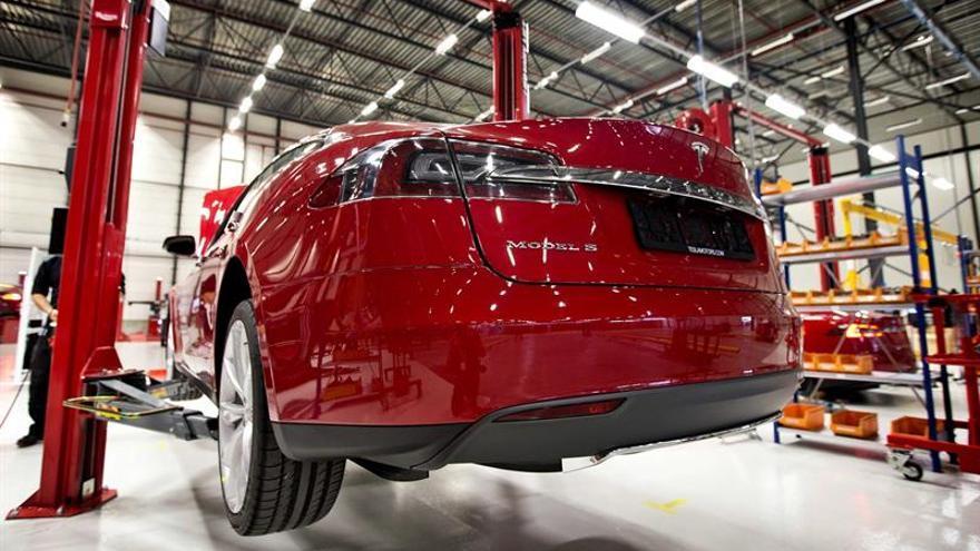 Tesla hace una oferta para adquirir fabricante de paneles solares SolarCity