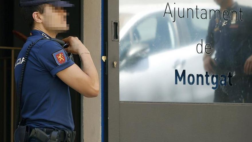 El juez investiga una trama corrupta en Ayuntamiento y Policía Local de Montgat (Barcelona)