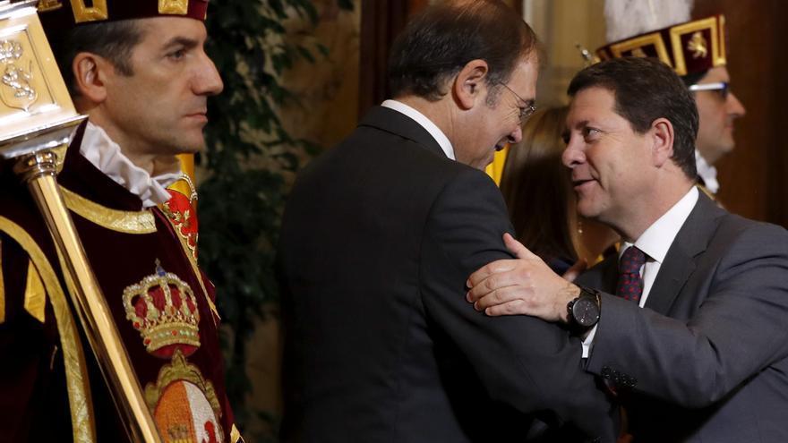García-Page saluda a Pío García Escudero