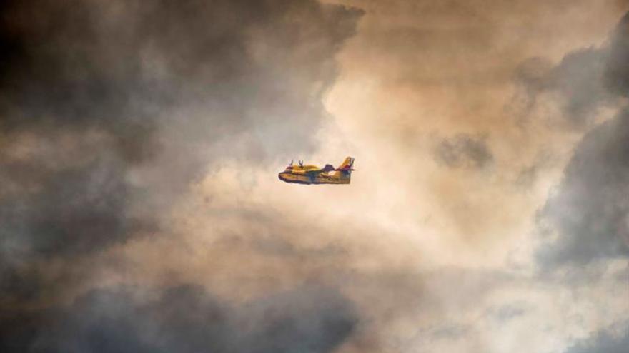 La nube tóxica puede provocar desde irritaciones a neumonía, según una neumóloga