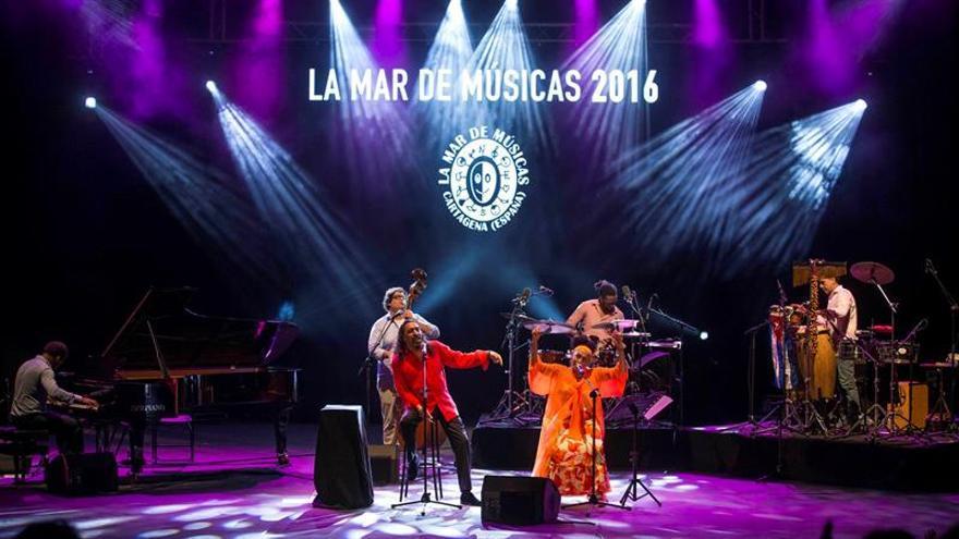 Portuondo y El Cigala unen las orillas del flamenco y el bolero en Cartagena