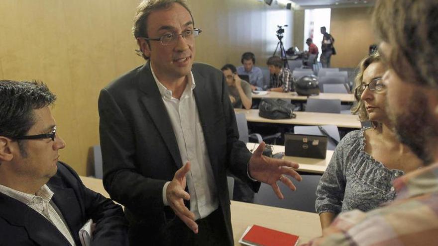"""CDC acusa a Rajoy de """"débil"""" por no dejar votar en una consulta catalana"""
