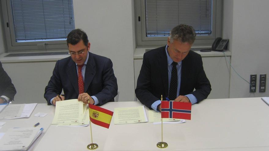 España y Noruega firman un Memorándum de Entendimiento  para reforzar el control en materia pesquera