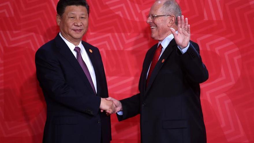 Perú y China firman convenios y memorandos sobre minería y energía