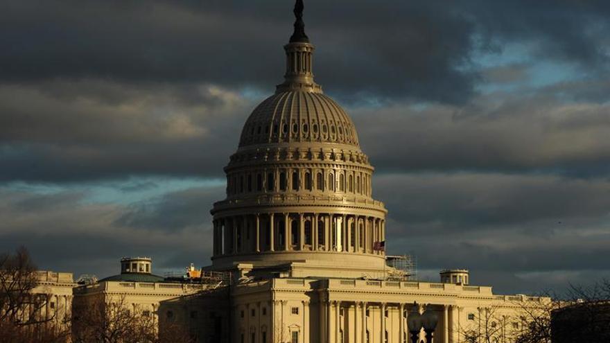 La Cámara baja en EE.UU. aprueba un presupuesto superior al que pedía Obama