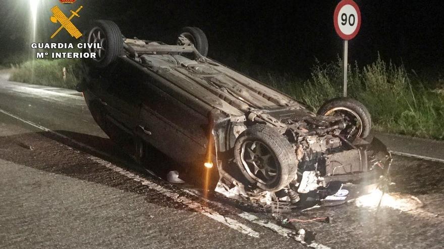 Investigado un conductor ebrio y sin carnet que se dio a la fuga y tuvo un accidente en la N-623
