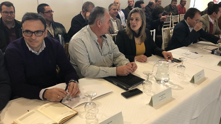Representantes de la CUAS Mancha Occidental II en la Mesa Regional del Agua