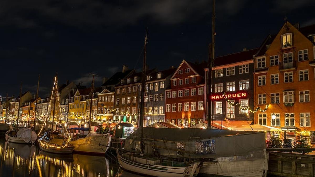 Una imagen de las fachadas de Nyhavn, en Copenhague.