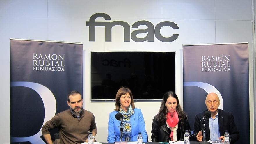 """Mendia aboga por la suma de esfuerzos de las fuerzas de izquierdas para defender """"los derechos de la ciudadanía"""""""