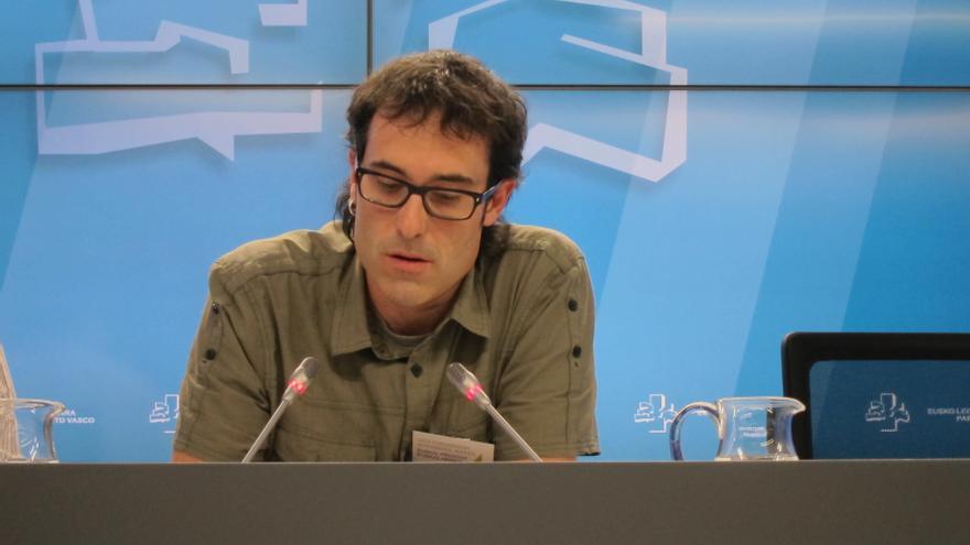 """EH Bildu cree que Urkullu se """"pliega"""" a PP y PSE para """"hacer una lectura parcial del pasado"""" al incluir el 'suelo ético'"""