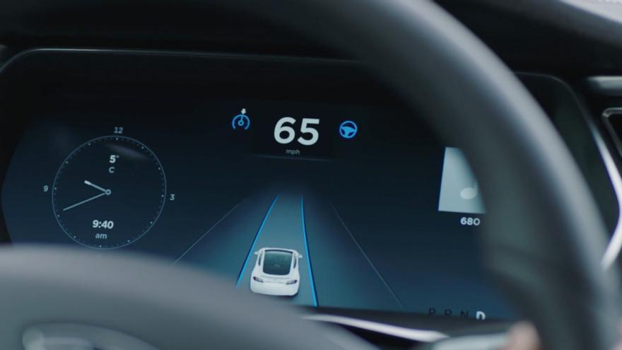 Alemania ha sido el primer país del mundo que ha legislado la circulación de coches autónomos por sus carreteras