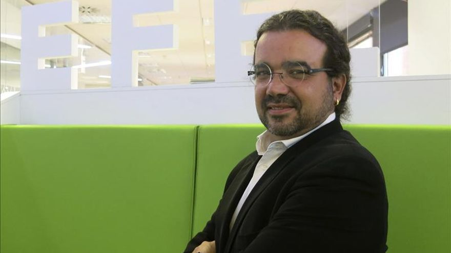 """Juanjo Braulio novela sobre el """"fango"""" del poder en """"El silencio del pantano"""""""
