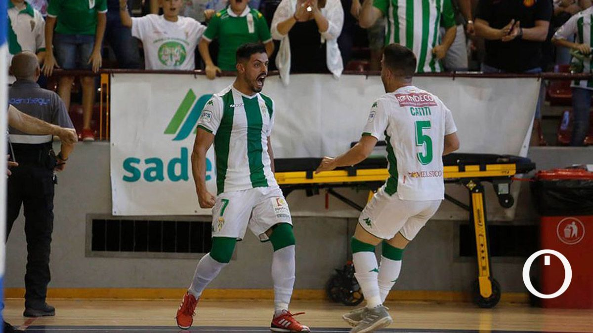 Jesús Rodríguez celebra un gol en el 'play off' a Primera de 2019