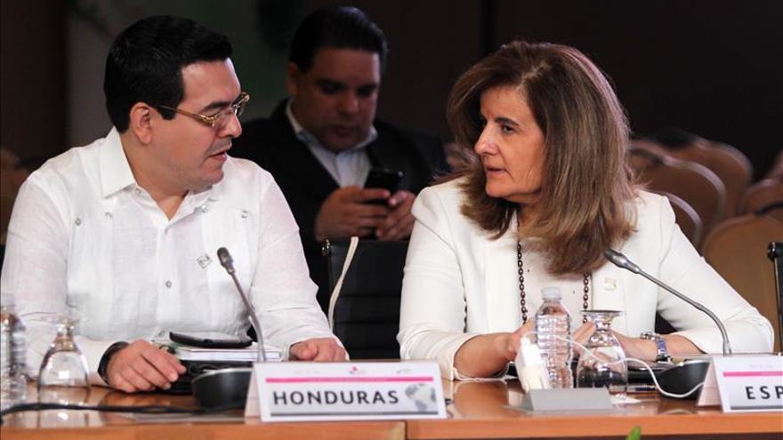 Fátima Báñez destaca en México un repunte del empleo juvenil en España