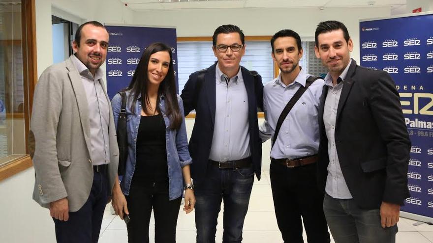 Pablo Rodríguez, junto a compañeros de CC.