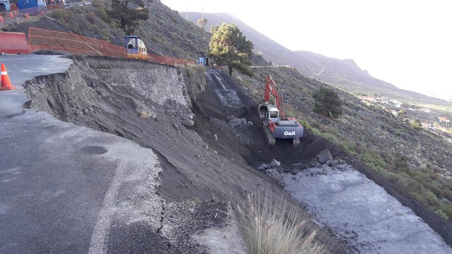 Obras en la carretera de acceso a Los Quemados.