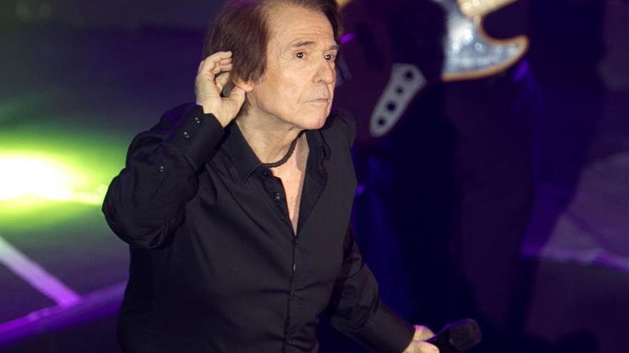 """Raphael inicia en la ciudad mexicana de Mérida su gira """"Loco por cantar"""""""