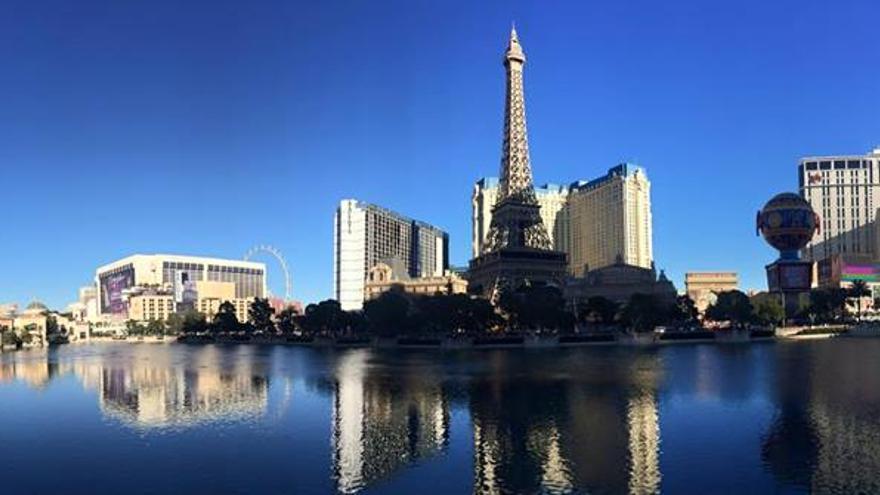 Imagen panorámica de uno de los espacios más llamativos de Las Vegas Boulevard.