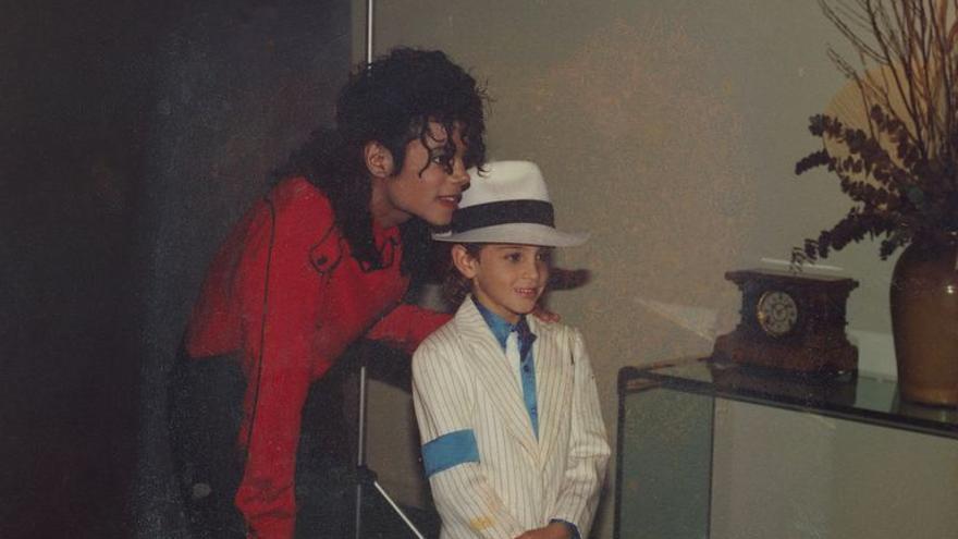Michael Jackson y Wade Robson, una de sus supuestas víctimas