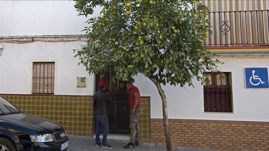 Un vecino de El Viso (Sevilla) mata con un arma blanca a su inquilino musulmán